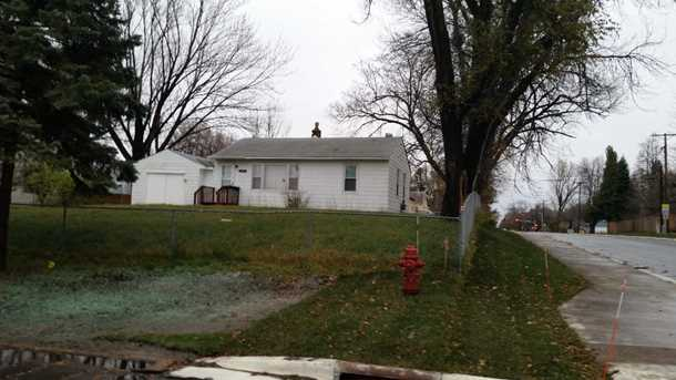 2174 Oakwood Drive - Photo 1