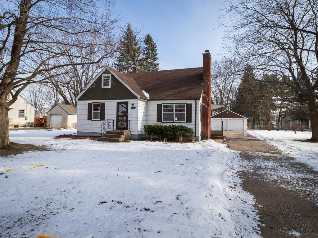1890 Ide Street, Maplewood, MN 55109 - MLS 4792561 - Coldwell Banker