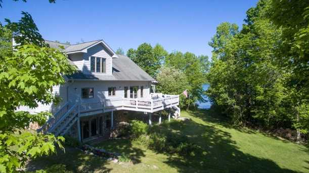 7646 Breezy Point Road Nw - Photo 1