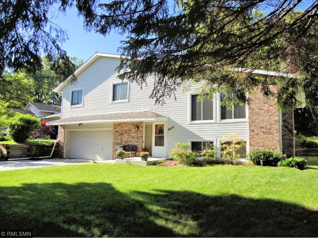 2455 Brookview Drive E, Maplewood, MN 55119 - MLS 4837603 ...