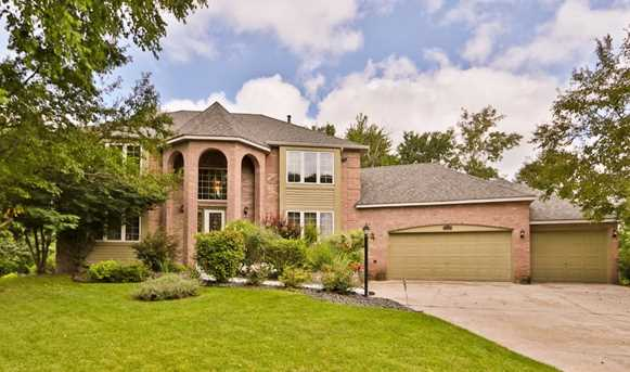 5998 highview place shoreview mn 55126 mls 4854893 coldwell banker