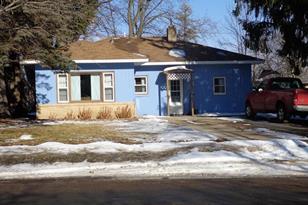 307 2nd Street NE - Photo 1