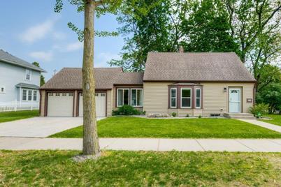Swell 644 Nebraska Avenue E Saint Paul Mn 55106 Beutiful Home Inspiration Papxelindsey Bellcom