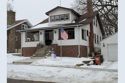 305 Lakeview Boulevard - Photo 1