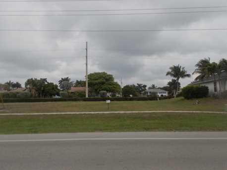 201 Heathwood Drive - Photo 1