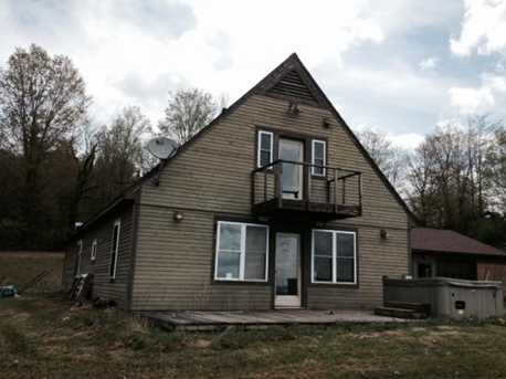 345 Reed Rd - Photo 1