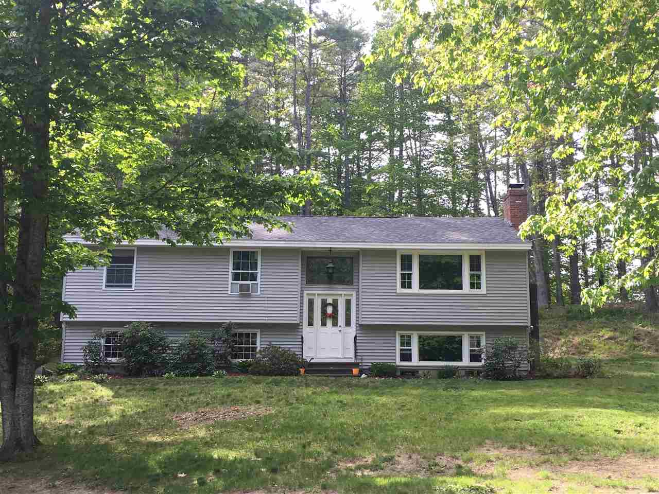 10 decato drive lee nh 03861 mls 4637998 coldwell banker for Lee homes