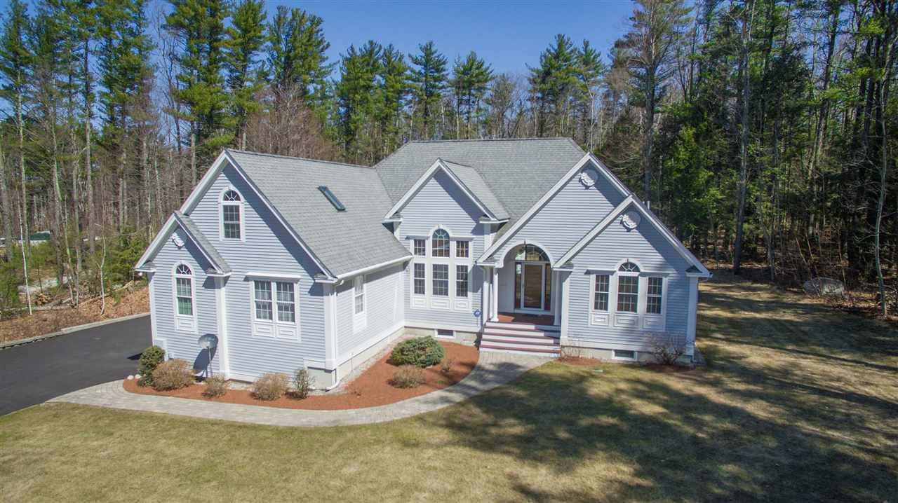 24 Gulf Rd Derry Nh 03038 Mls 4743779 Coldwell Banker