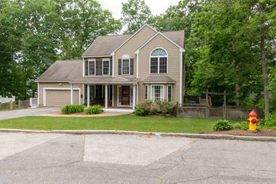 40 Bruce Road, Manchester, NH 03104