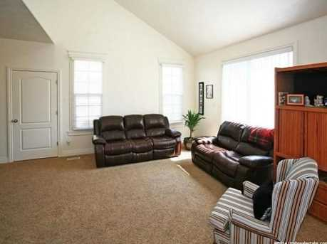 3078 E Somerset N - Photo 11
