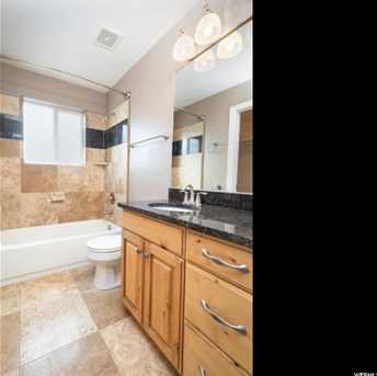 602 N Riviera Dr W - Photo 23