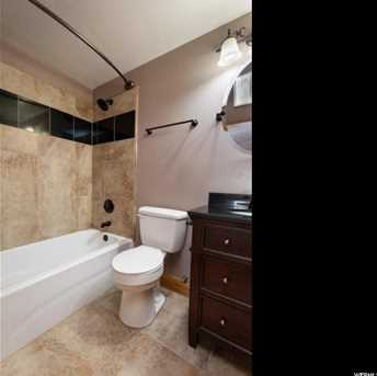 602 N Riviera Dr W - Photo 33