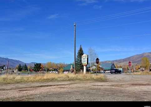 2500 N Highway 162 - Photo 17