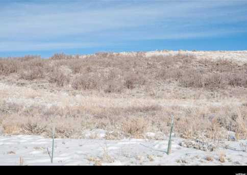 240 W Vista Ridge Rd - Photo 5