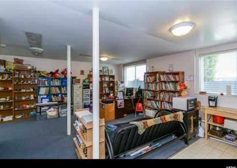 3422 E Fort Union Blvd - Photo 23