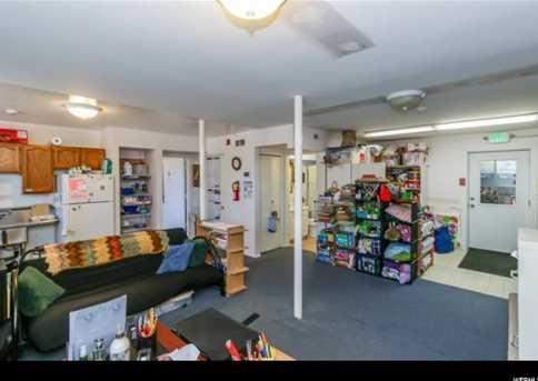 3422 E Fort Union Blvd - Photo 25