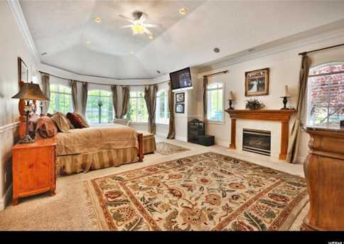 4345 N Stafford Ct E - Photo 23