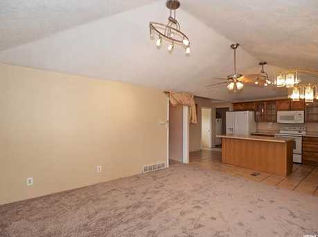 1450 W Parkway Ave - Photo 7