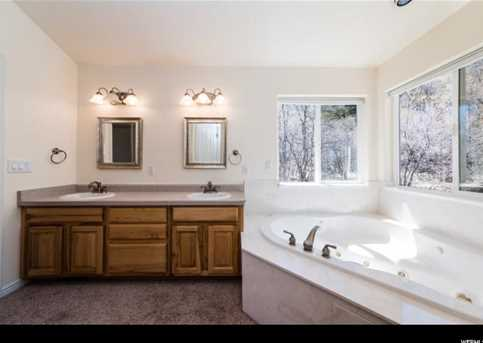 9 Hickock Dr - Photo 25