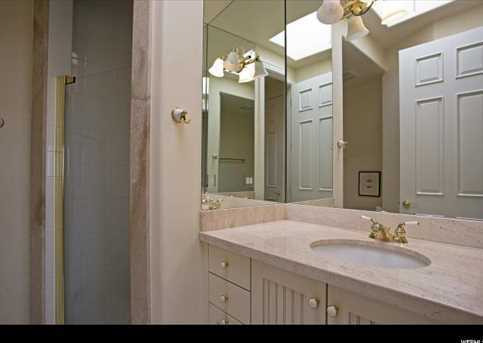 2726 E Wasatch Dr #1 - Photo 29