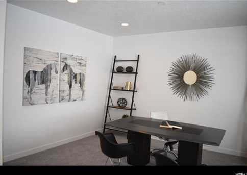 577 S Doubleday  St #10 - Photo 3
