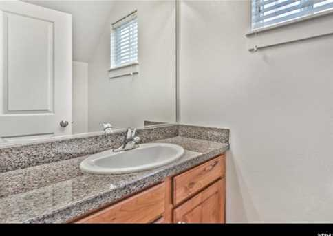 9047 S Heights Dr E - Photo 13