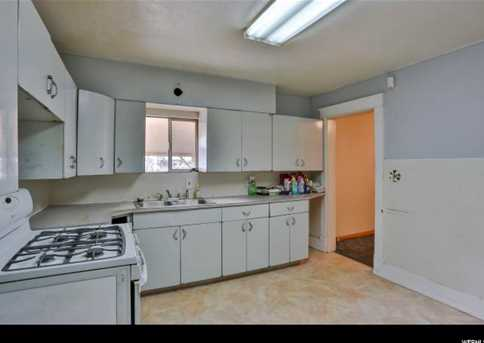 3016 Wall Ave - Photo 6