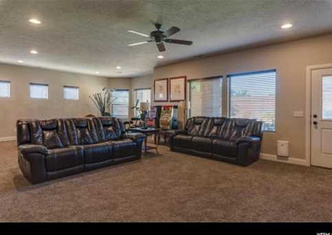 951 High Noon Cir E - Photo 23