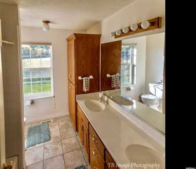 4820 Hollow  Rd - Photo 11