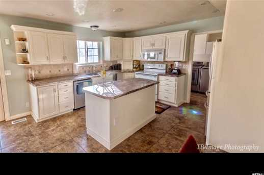 4820 Hollow  Rd - Photo 19