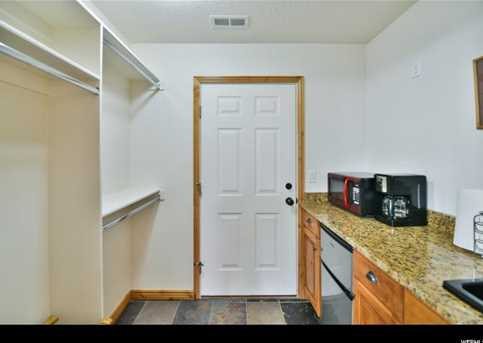 5060 Lakeview Dr #1106 - Photo 15