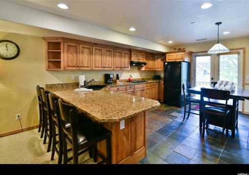 5060 Lakeview Dr #1106 - Photo 5