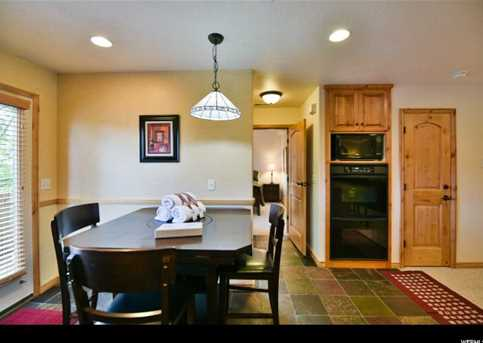 5060 Lakeview Dr #1106 - Photo 9