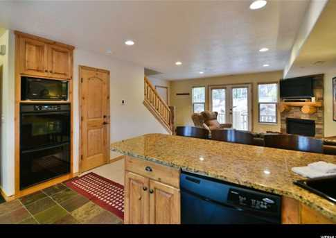 5060 Lakeview Dr #1106 - Photo 7