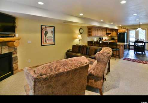 5060 Lakeview Dr #1106 - Photo 3