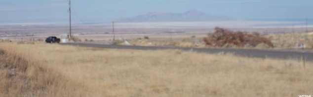 1070 E Settlement Canyon Rd - Photo 5