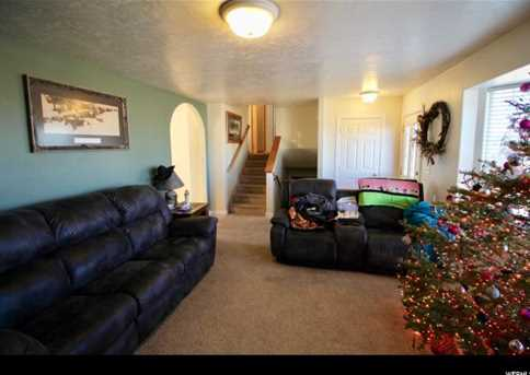 1281 S Spruce Dr - Photo 35