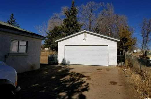 332 W Uranium Dr - Photo 9