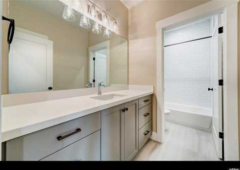244 N Queensland  Ct #5 - Photo 19