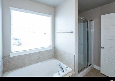 1748 N Warbler Rd #74 - Photo 11