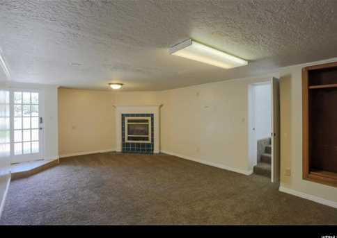 798 E Orchard Dr - Photo 3