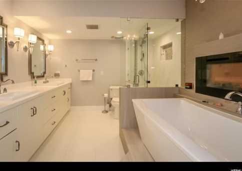940 S Donner Way #470 - Photo 23