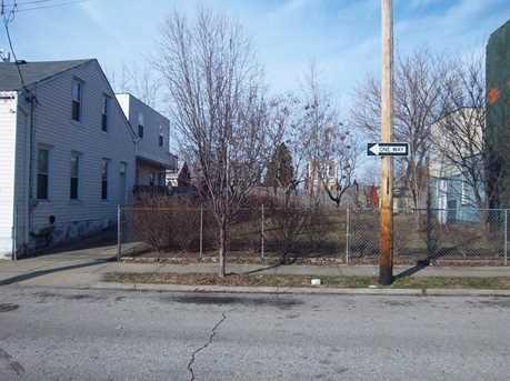 418-422 Watkins Street - Photo 11
