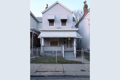 214 E 19th Street - Photo 1