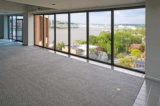 100 Riverside Place #1005 - Photo 3