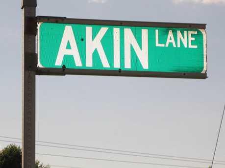 000 Akin Lane - Photo 1