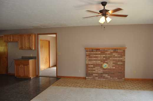 5899 Maysville Road - Photo 5