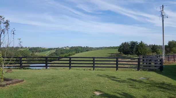 1370 Central Ridge Road - Photo 23
