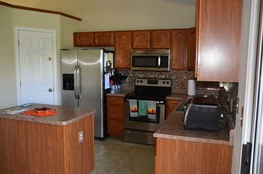 2589 Eastwind Court - Photo 7