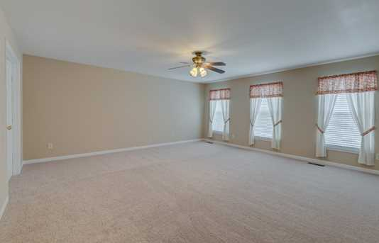 2503 Firethorn Court - Photo 11